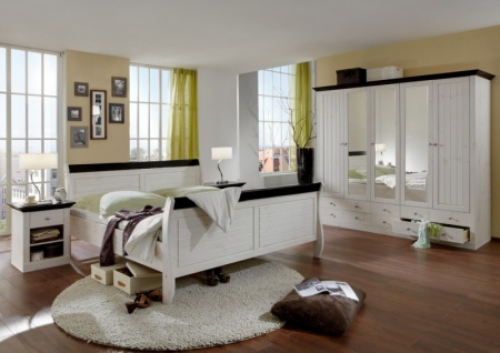 Schlafzimmer komplett Kleiderschrank Bett Nako Kiefer massiv
