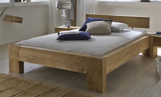 Bett Doppelbett Kiefer Fichte massiv natur gewachst teilweise alt aufgewertet - Vorschau 1