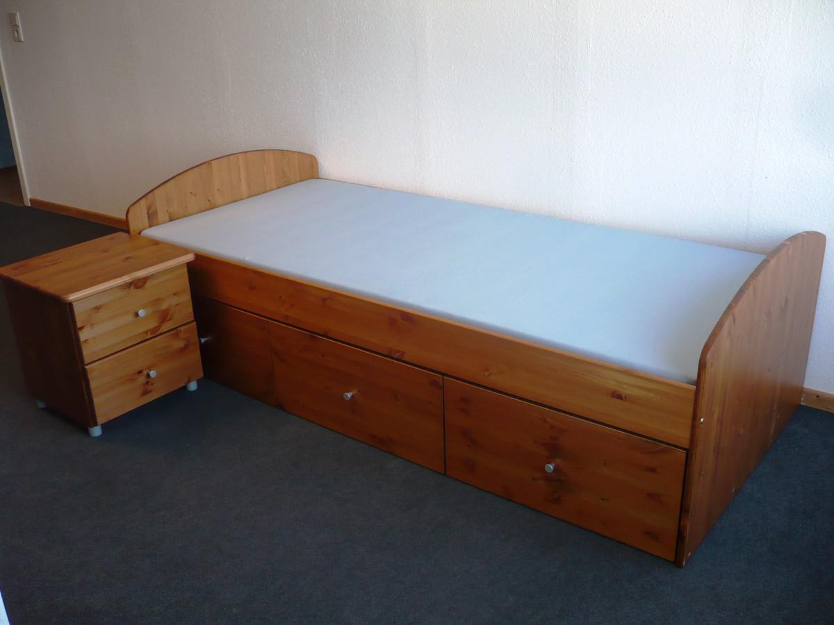 Einzelbett mit schubladen  Bett mit Nachtkommode Set Einzelbett Schubladen Kiefer massiv ...