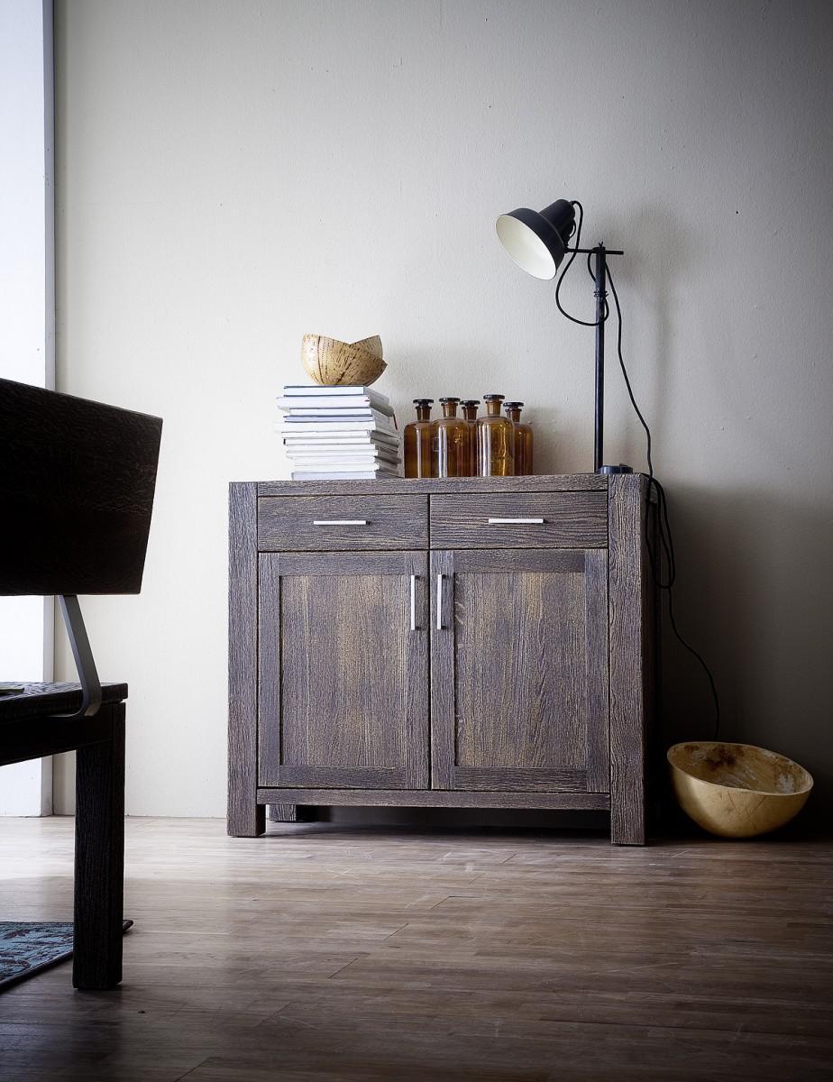 anrichte kommode eiche massiv rustikal sandgestrahlt. Black Bedroom Furniture Sets. Home Design Ideas