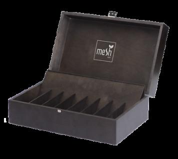 Mesh Truhe aus hochwertigem Holz mit Einlegefächer (ohne Inhalt), Holzkiste NEU