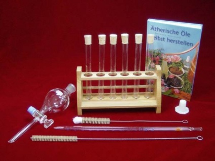 SET: Buch und Zubehör zur Herstellung ätherischer Öle