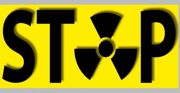 Aufkleber Sticker 21cm STOP Strahlung Radioaktivität Castor Atomkraft Kernkraft