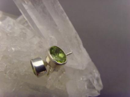 Peridot - Ohrstecker facettiert oval - 925er Silber