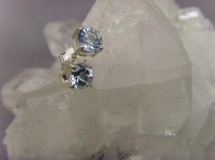 Blautopas Ohrstecker 925er Silber rund