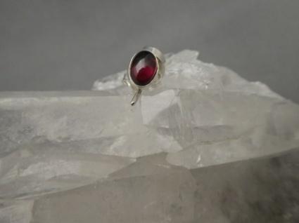 Rhodolith-Granat Ohrstecker - oval - 925er Silber