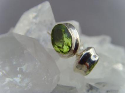 Peridot - Ohrstecker oval facettiert 925 er Silber