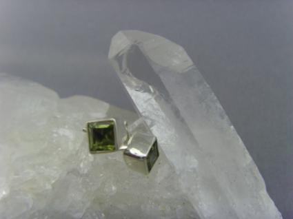 Ohrstecker-Peridot viereckig - 925er Silber