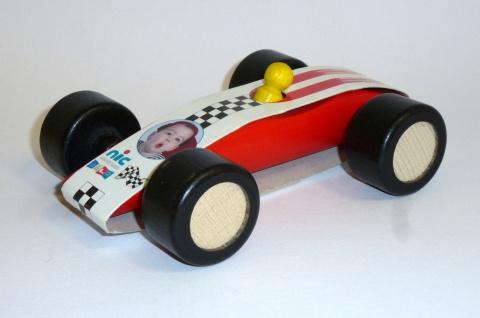 Nic 2412 - Flitzer, rot aus Holz