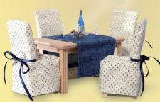 Bodo Hennig 23728 - Esstisch mit Tischläufer für Puppenstube