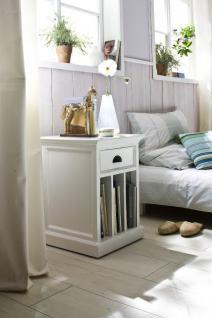 Beistelltisch im Landhausstil in weiß, mit eine Schublade