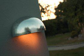 Wandleuchte Metall verzinkt PVC schlagfestes Material Outdoor 15 Jahre Anti-Rost-Garantie - Vorschau 1