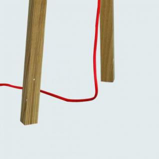 Moderne Stehleuchte mit einem Holzfußt und einem weißen Lampenschirm - Vorschau 4