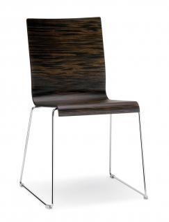 Design Stuhl in vier Farben