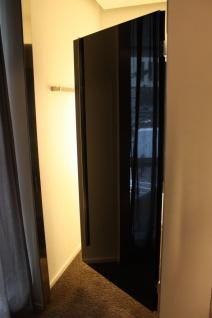 Tür Umkleidekabine Edelstahl schwarz Kabine Design Schwenktür Ladeneinrichtung