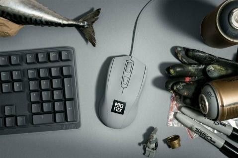 Mionix Gaming + Artists Maus Avior Shark Fin Grau Optisch USB PC Mouse 5000 DPI