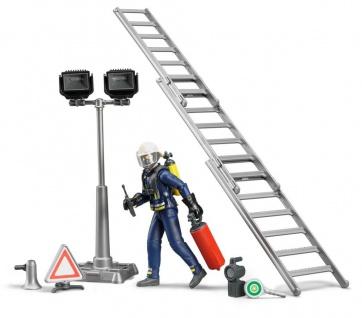 Bruder bworld 62700 Feuerwehrmann mit Ausrüstung Feuerwehr Figur Zubehör 1:16