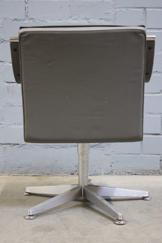 Stuhl leder grau stuhl grau leder mm besuch vom for Stuhl leder grau