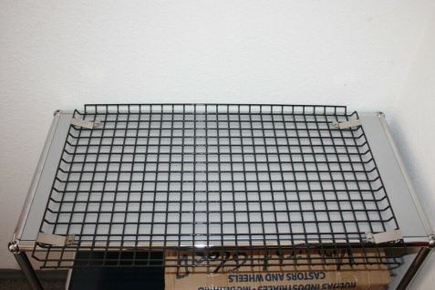 Original USM Haller Schreibtisch Kabelkorb Tisch-Gitter inkl. Halter 75er Tiefe