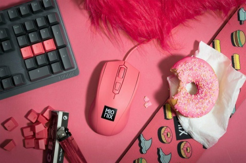 Mionix Gaming + Artists Maus Avior Frosting Pink Optisch USB PC Mouse 5000 DPI
