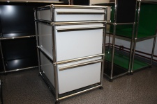 USM Haller Standcontainer Container lichtgrau 3 Schubladen Ablage Auszug