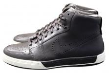 Nike Air Royal Mid High Sneaker Gr. EUR 40 - 42, 5 Leder braun Schuhe Stiefel