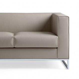 Design Sofa Lounge Klasse 2 Sitzer einfarbig Gestell verchromt