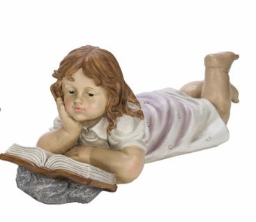 Große Kinderfigur, Mädchen, liegend, handbemalt, edler Kunststoff, 45 x 26, 5 x 20, 5cm