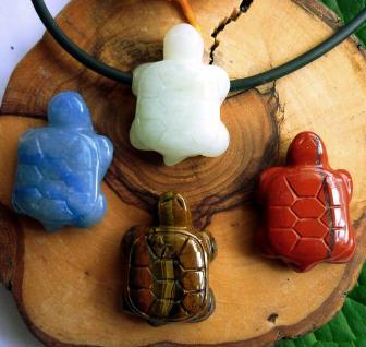 Anhänger Schildkröte seitlich gebohrt
