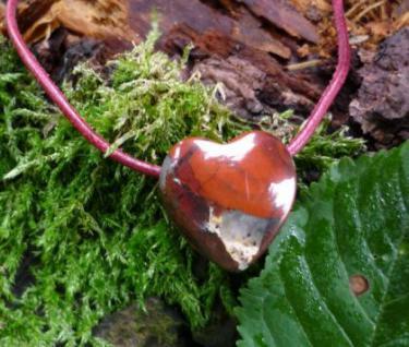 Anhänger Herz Brekzienjaspis am Lederband - Vorschau 1
