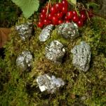 "Pyrit mini ""Chispa"" kleine Kristalle (ca. 2-3 cm), 5 Stück"