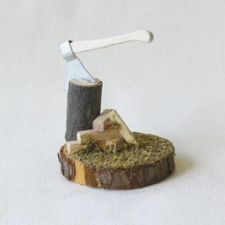 Hackstelle mit Beil handgefertigt aus Holz 8 cm Zubehör für Weihnachtskrippe