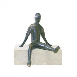 Bronzefigur Alex sitzend 14 cm Bronze Figur Skulptur Schmelter Raimund