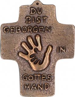 Kommunion Kreuz Geborgen in Gottes Hand Bronze 10 cm Erstkommunion