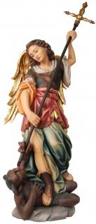 Heiliger Michael mit Teufel Holzfigur geschnitzt Südtirol Schutzpatron Erzengel