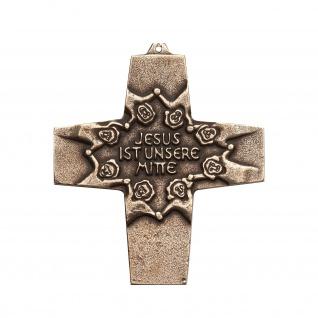 Wandkreuz Bronze Jesus ist unsere Mitte Erstkommunion Kreuz 10 cm Jürgen Peters