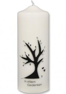 Trauerkerze In stillem Gedenken Baum Silber 22 cm Handarbeit Tischkerze