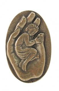 Plakette Kind in der Hand 7 x 4, 5 cm Bronze