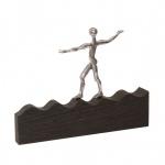 Bronzefigur Auf der Welle des Erfolges 17 cm Bronze Skulptur