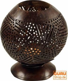Dekoleuchte aus gravierter Kokosnuß - Modell 2