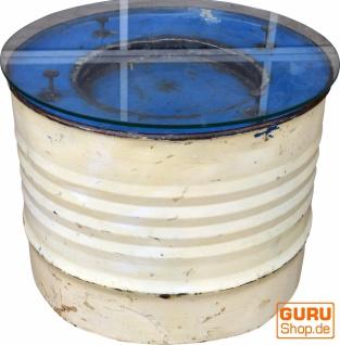 Metall-Beistelltisch aus recyceltem Dieselfass mit Glasplatte