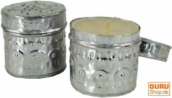 Exotische Duftkerze in hübscher Metalldose