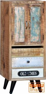 Schubfach Schrank mit Füßen im Vintage-Design - Modell 2