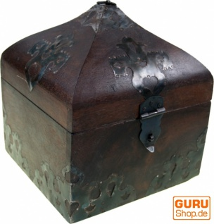 Türmchen Schatztruhe, Holzschachtel, Schmuck Dose in 3 Größen - Modell 1
