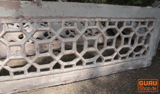Aus Stein gehauene Panele - Vorschau 2