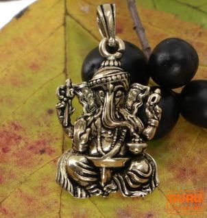 Amulett `sitzender Ganesha`, goldener Kettenanhänger aus Messing - Modell 1