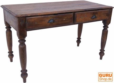 Schreibtisch, Beistelltisch im klassischen Look