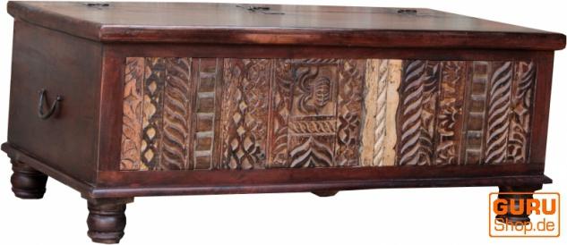 Antike Holzbox, Holztruhe, Couchtisch, Kaffetisch aus Massivholz, aufwändig verziert - Modell 16