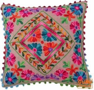 Boho Kissenhülle, farbenfrohes besticktes Folklore Kissen im mexikanischem Style - caramel/pink