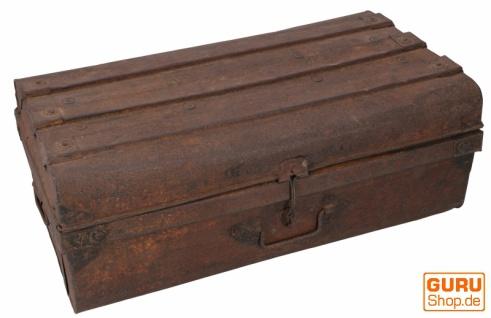 Alter Blechkoffer antiker Metallkoffer - Modell 24